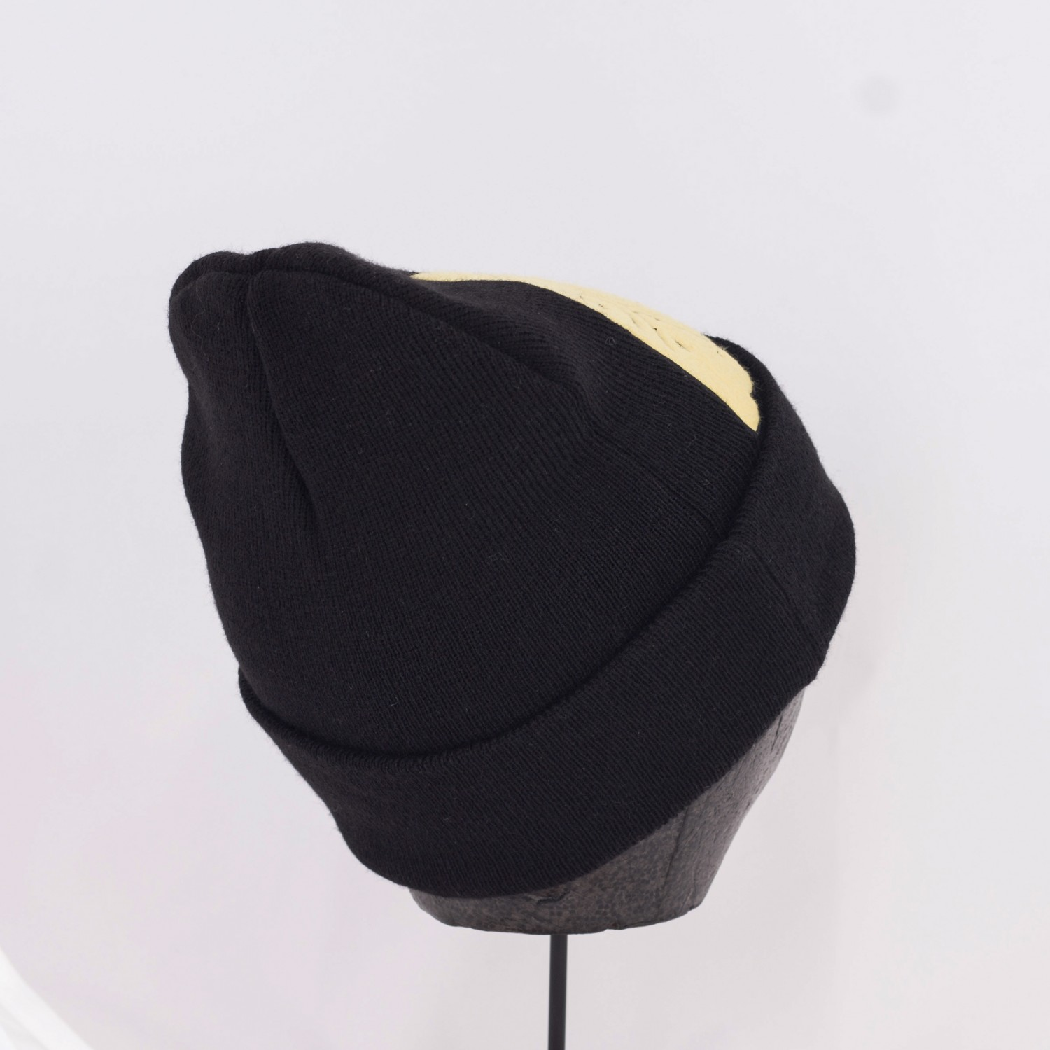 Шапка Leon Karssen - Booty Beanie Winter Black