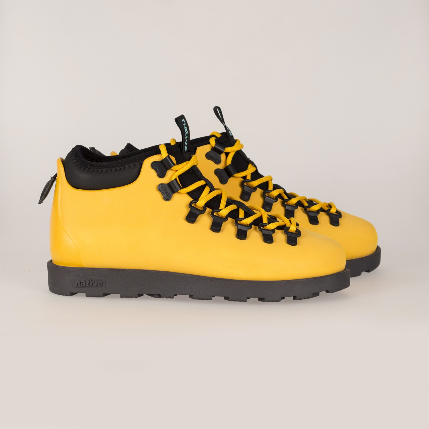 Ботинки зимние Native - Fitzsimmons Alpine Yellow / Onyx Black